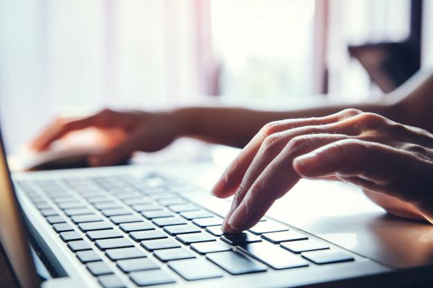 Sistemas de supervisión de exámenes en línea y la privacidad
